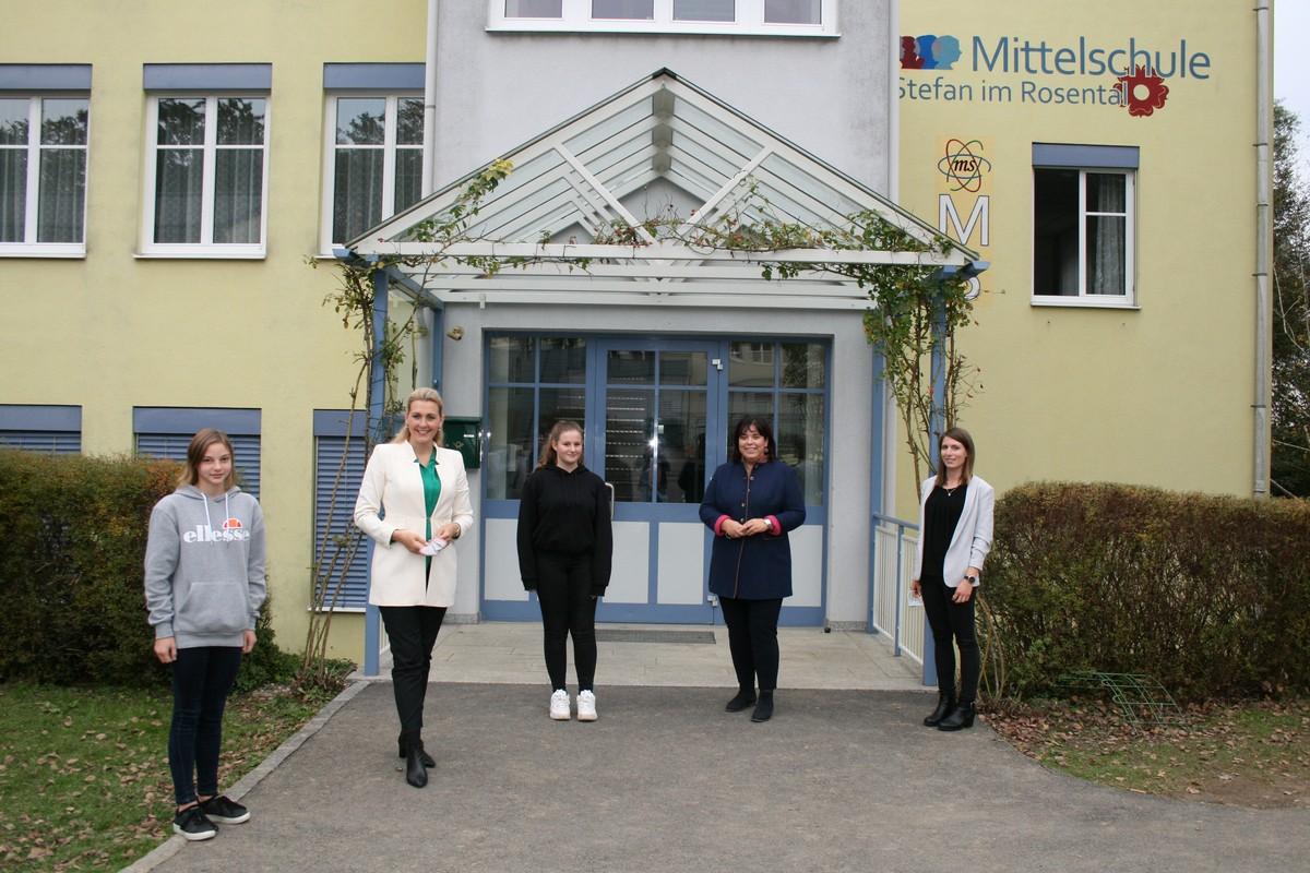 Interview Mit Bmin Christine Aschbacher Ms St Stefan Im Rosental